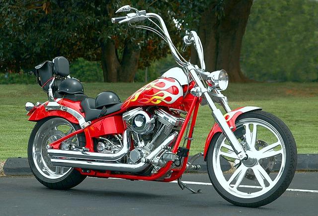 motorka červená