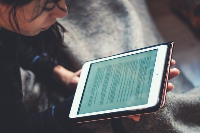 čtení z ebook.jpg